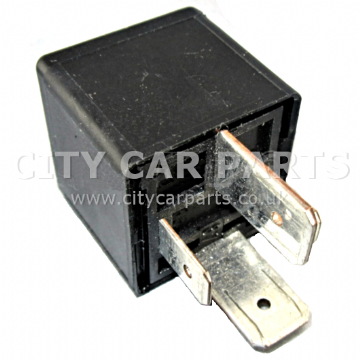 Renault Models 1998 To 2014 Black Relay 7700821864 Tyco V23134-J52-X207 12V 70A
